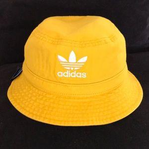 NWT Adidas Yellow Bucket Hat